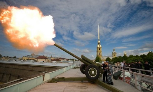 Полуденный выстрел со стены Петропавловской крепости