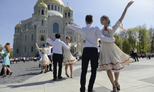 """""""Кронштадтский вальс"""" пройдет на Якорной площади"""