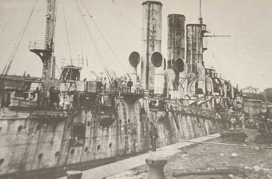 крейсер в док ремонте 1925 год